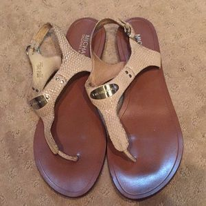 Michael Kors White Plate Thong Sandals 9.5